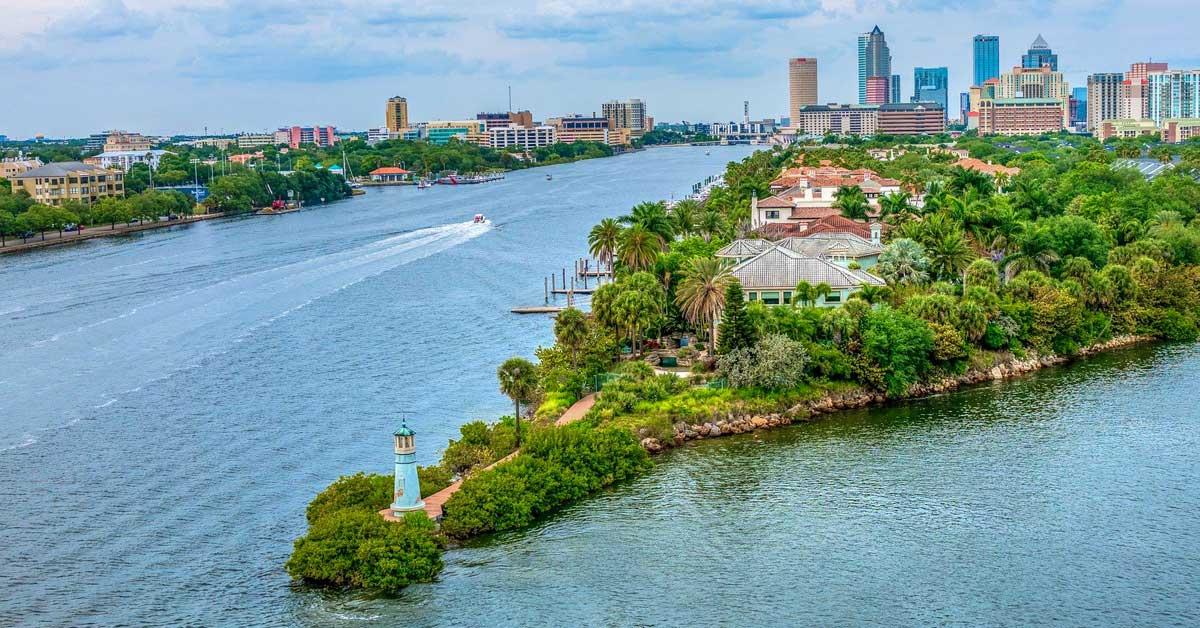Charter bus rentals Tampa Florida