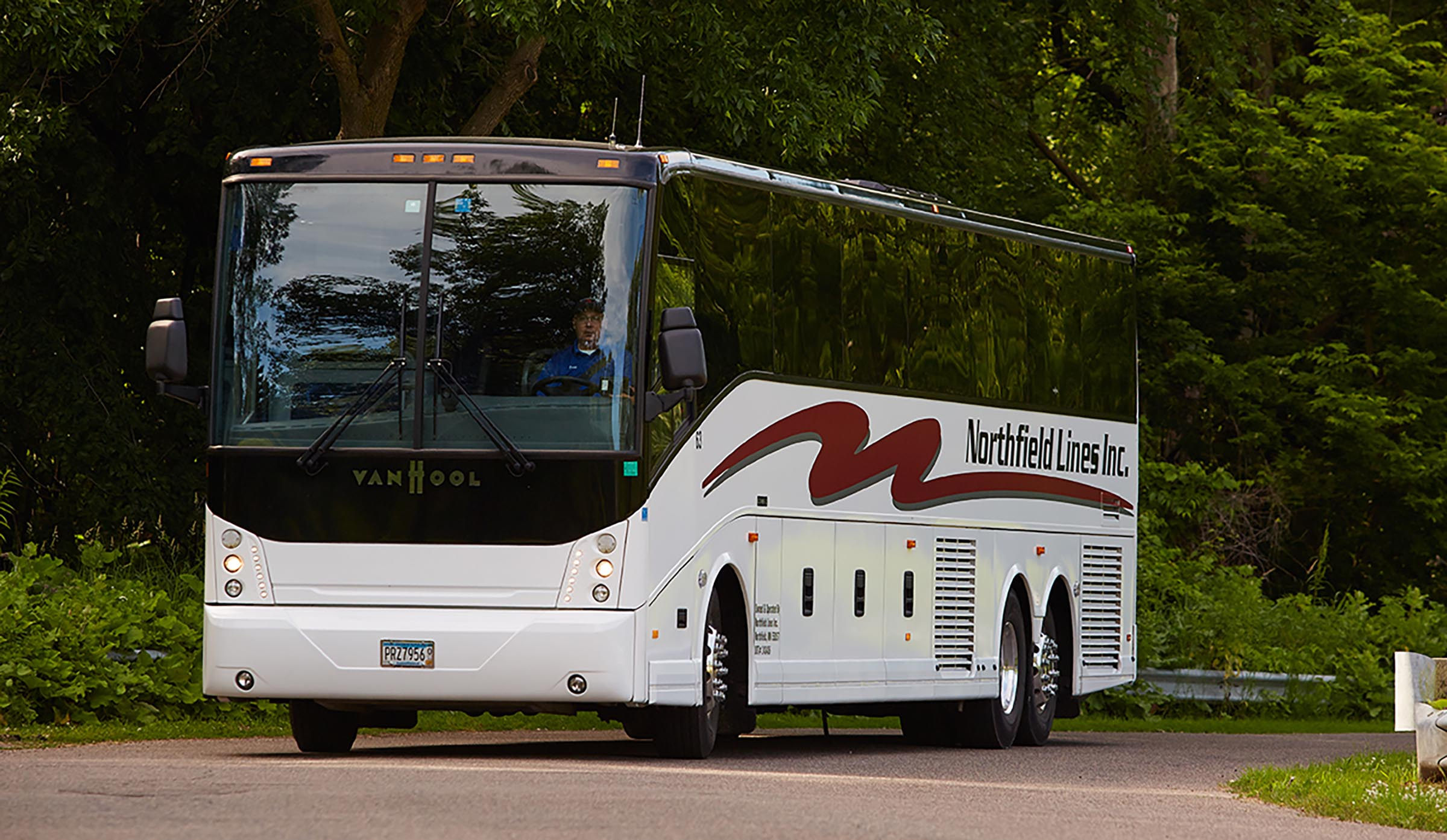 Bus Companies Northfield Lines Inc Charter Bus And Bus Rental Minneapolis St Paul Mn Des Moines Ia Sioux Falls Sd Fargo Nd Chicago Il