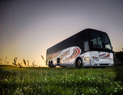Bus Tours - Holiday Tours Inc.